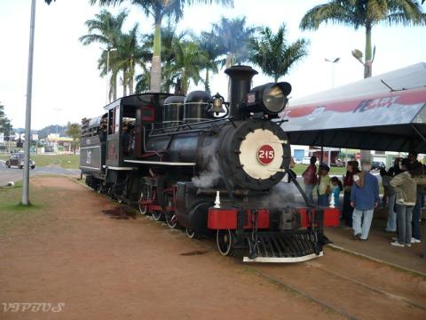 locomotiva 215
